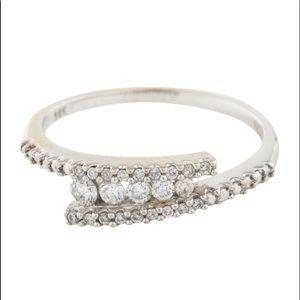 14K WG Bypassed Diamond Ring